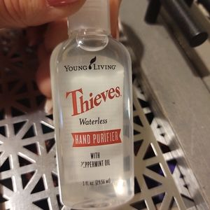 NWT Young Living waterless hand purifier